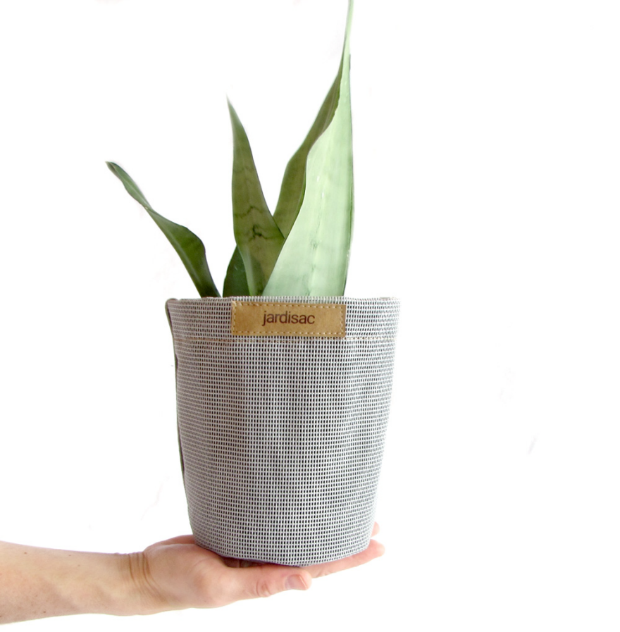 Reader Submitted: Breathable Garden Pots Made from Fabric