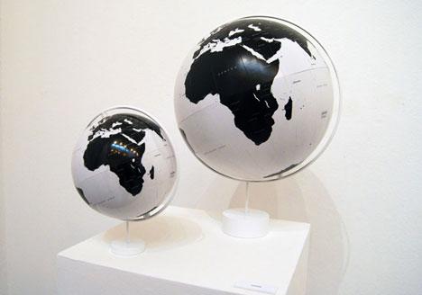 nendo-inside-globe.jpg