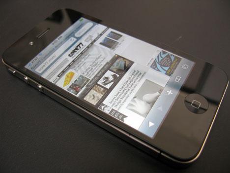 0iphone4fi01.jpg