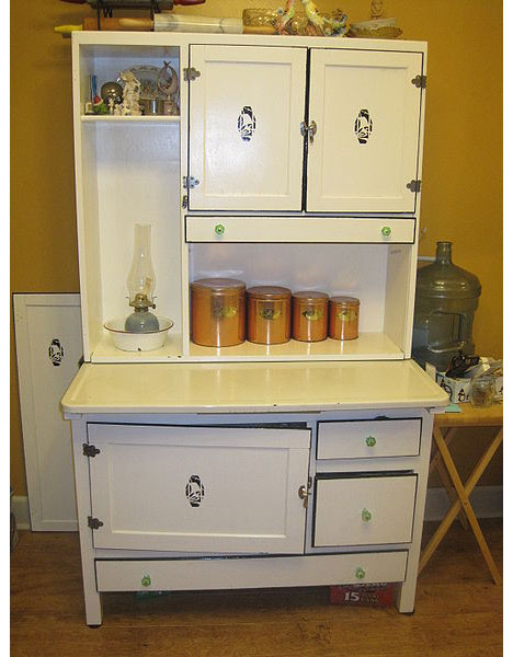 These days you can still find Hoosier Cabinets at tag sales and antique  shops, and if you prefer to make your own, you'll find plenty of free plans  online, ... - Widely-used Kitchen Workstation Design From The Early 1900s - Core77