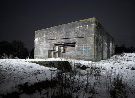 abandonedbunkers1.jpg