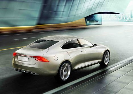 Volvo-Concept-Universe_Back_LR.jpg