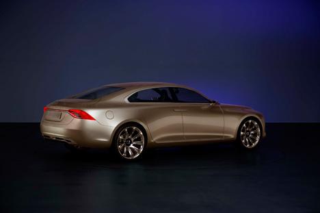 Volvo-Concept-Universe_Profile_LR.jpg