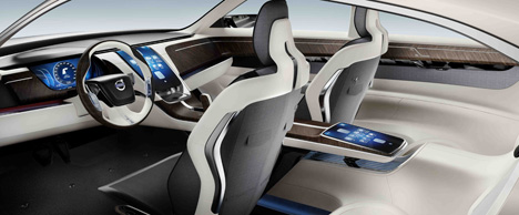 Volvo-Concept-Universe_xint2.jpg