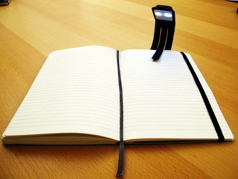 moleskine-booklight1.jpg