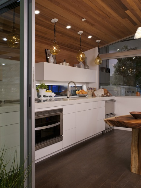 #ecofabuloushouse kitchen.jpg