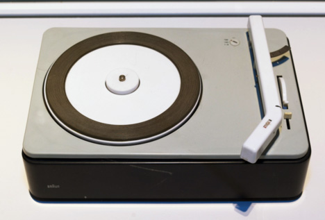 1961-Braun-PCS_4-Turntable.jpg