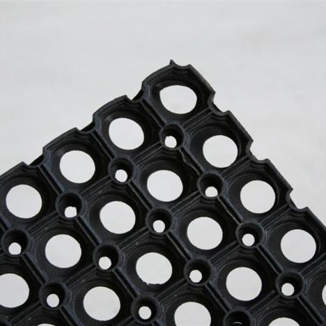 P3-6_rubber_doormat.jpg