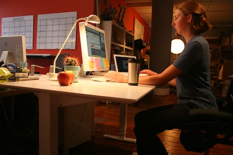Standing Desk Shootout Humanscale Float Table Core77