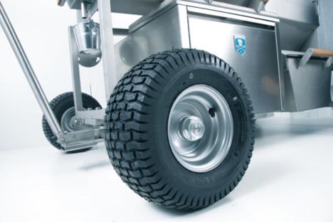 Brennwagen-GTX1500-detail0.jpg