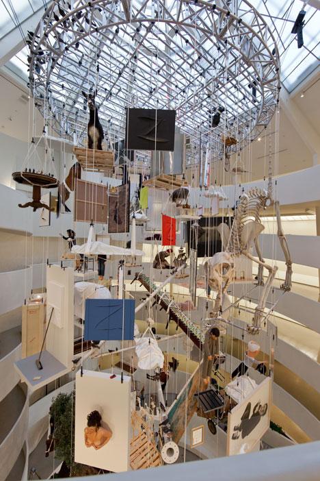 Guggenheim_Cattelan.jpg