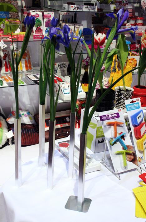 IHHS2012-DCI-vases.jpg