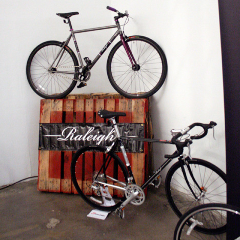 NewAmsterdamBicycleShow-Raleigh.jpg