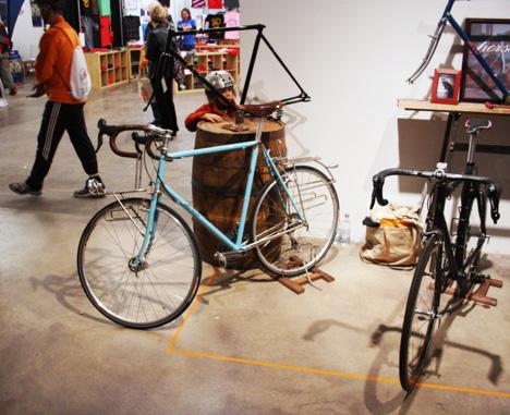 NewAmsterdamBicycleShow-Horse.jpg