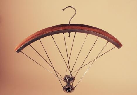 OliverStaiamos-CycleHangers-4.jpg