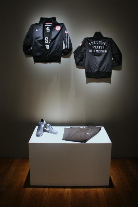 Nike-tracksuit.jpg