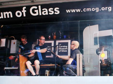 CooperHewittxCMOG-GlassLab-2.jpg