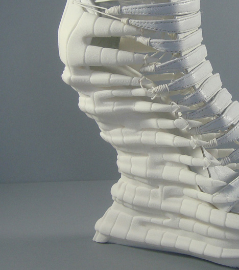 JaninaAlleyne-Exoskeleton-5.jpg