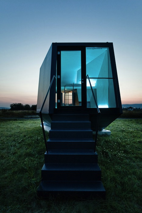 Hypercubus is a small, modular dwelling ideally suited for short term stays  (i.e. vacations). However, because each unit can be equipped with a  kitchen, ...