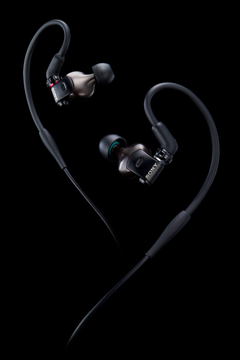 JunKatsumata-Sony-earbud-2.jpg