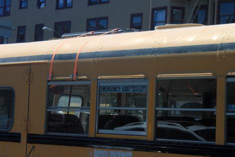solarpanelbus2.jpg