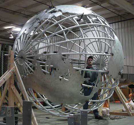 0-giant-globes-inc-05.jpg