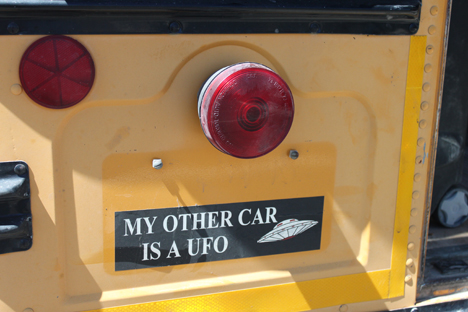 13_UFO_Bumpersticker2.jpg
