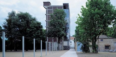 4-Biennale_INTERIEUR_2012_Kortrijk_Buda_Tower.jpg