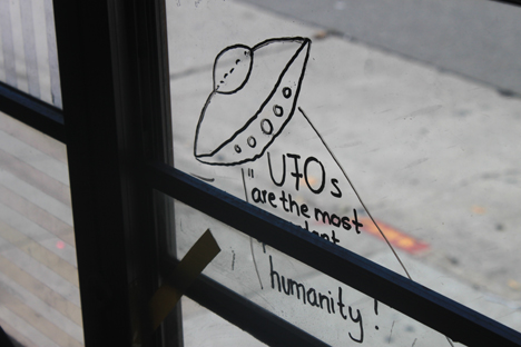 40_UFO_busmarkings.jpg