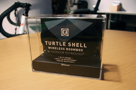 OutdoorTechnology-TurtleShell-packaging.jpg