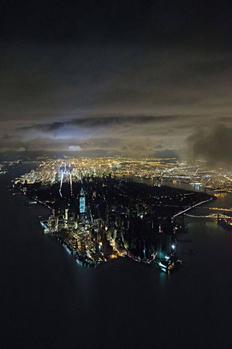 IwanBaan-forNYMag-NYCBlackout-1.jpg