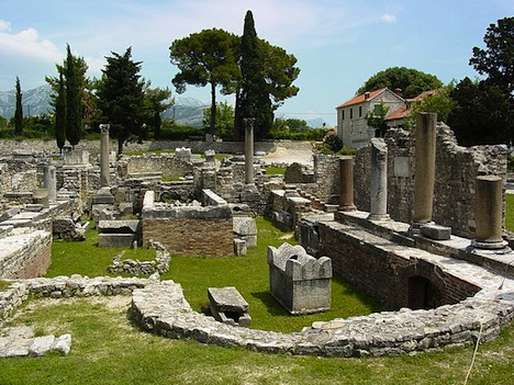 Roman_Ruins_-_Solin_-_Outside_Split_-_Croatia_02.jpeg