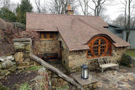 Pennsylvania Based Architecture Firm Archer U0026 Buchanan Received An Unusual  Commission: The Client, An Avid J.R.R. Tolkien Fan, Wanted A Hobbit House  Built ...