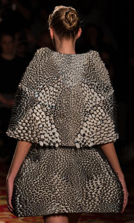 3d-printed-dresses-01.jpg