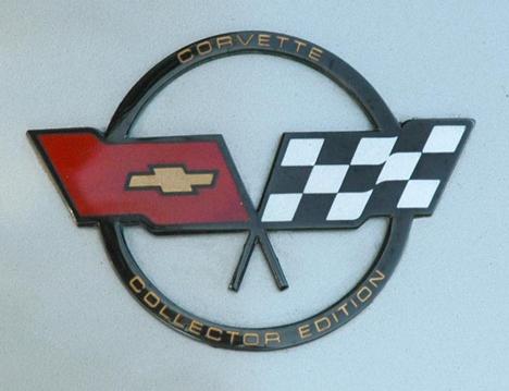 corvette-logos-82-coll.jpg