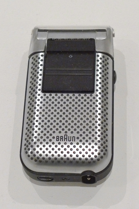 Braun-1982-MicronPlusUniversal-viaNickwade.jpg