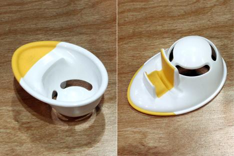 IHHS2013-OXO-EggSeparator.jpg