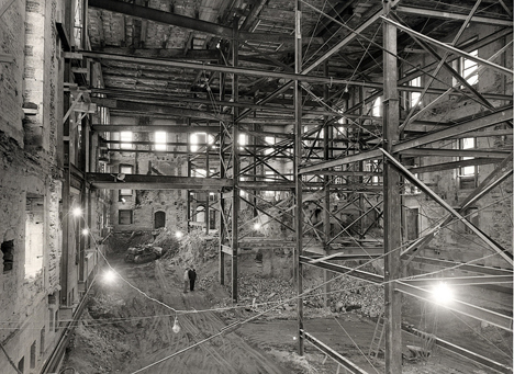 white-house-gutted-02.jpg