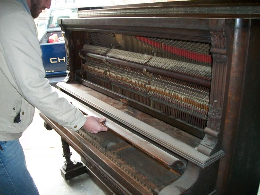 piano-workbench-03.jpg