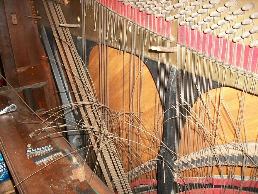 piano-workbench-04.jpg