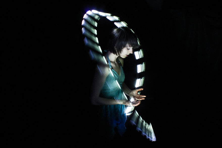 Eye Candy  Eric Par s Amazing 360  Stop Motion Photography TechniqueEye Candy  Eric Par eacute s Amazing 360 deg  Stop Motion  . Amazing Lighting Techniques. Home Design Ideas