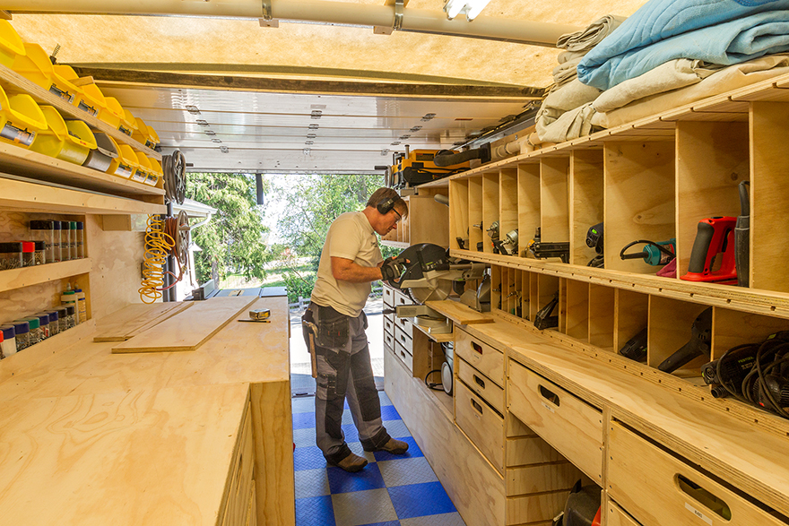 paulkmobileshop1 woodshop on wheels ron paulk on the design of his mobile woodshop,Home Woodshop Design