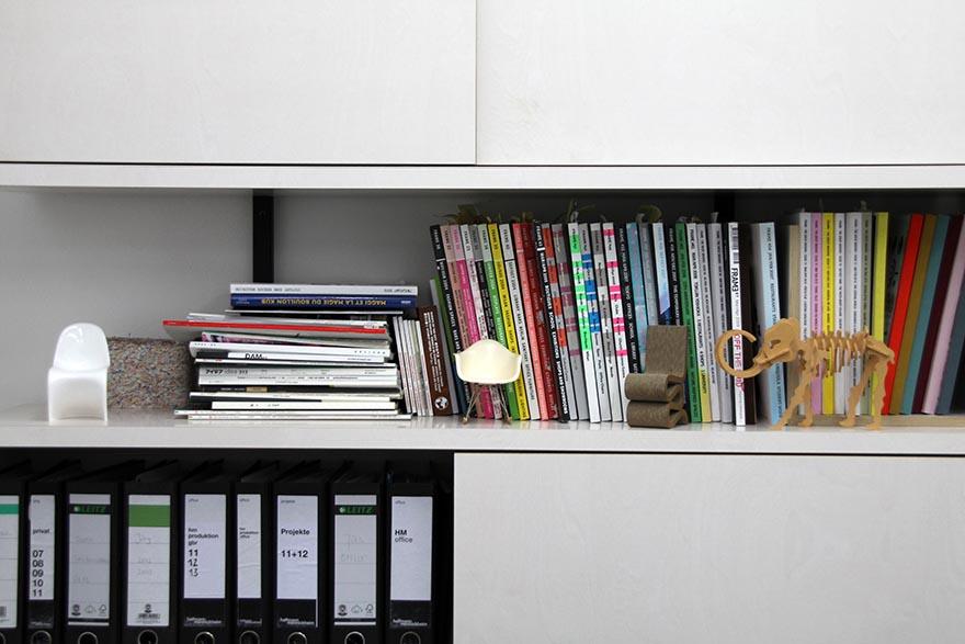 003_shelf.jpg