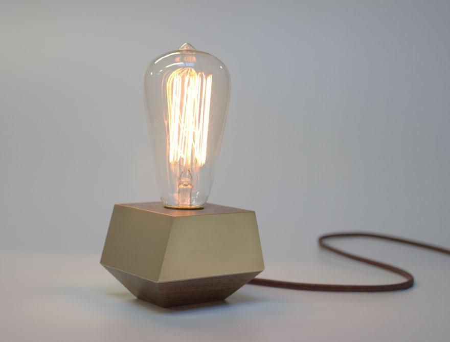 PDA_Lamp.jpg