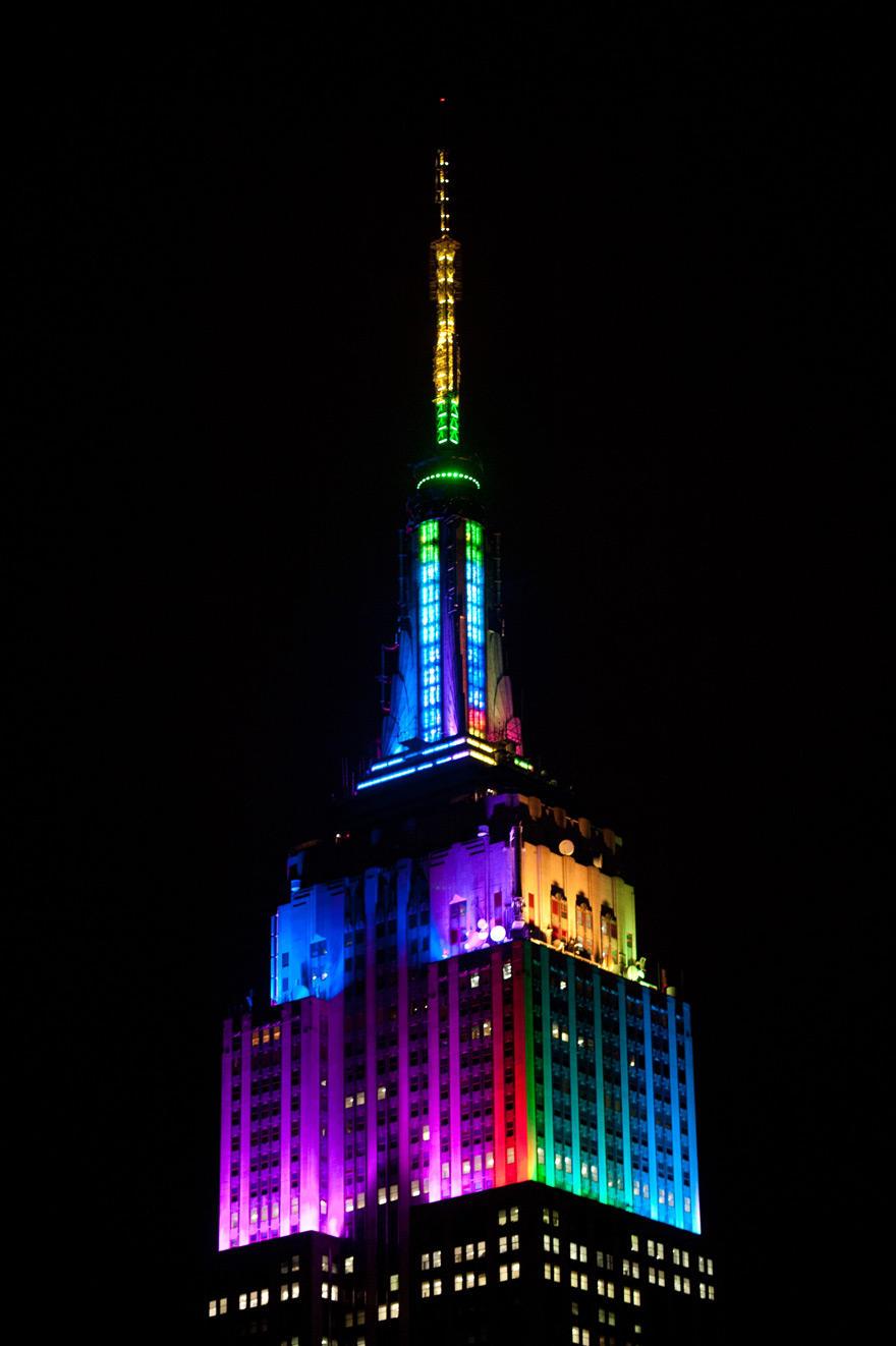New Light Of Myanmar Daily Journal: The Empire State Building Debuts New Antenna Lights With A