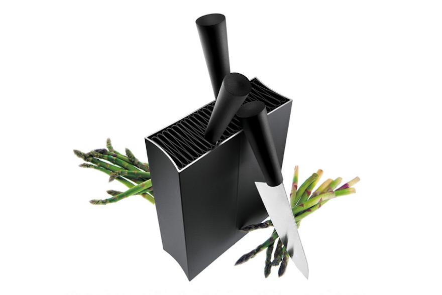 Eva-Solo-knife-stand.jpg