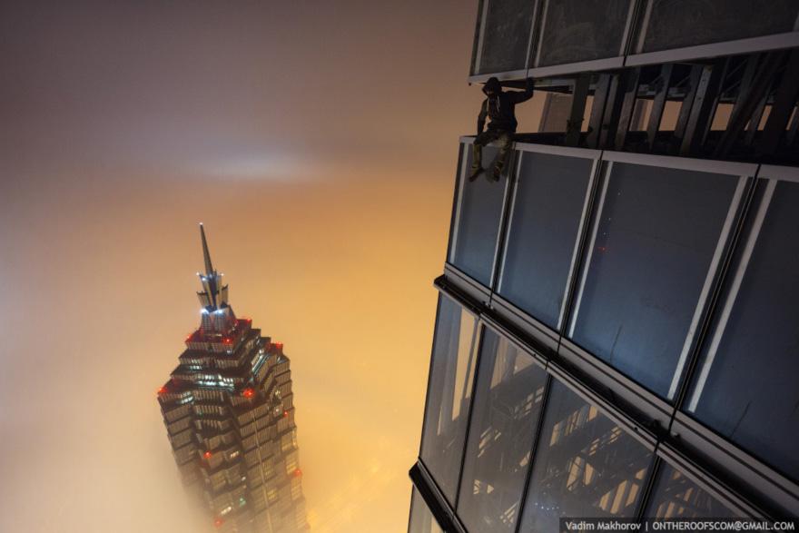 ShanghaiTower-Makhorov.jpg