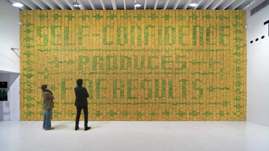 Sagmeister-Bananawall.jpg