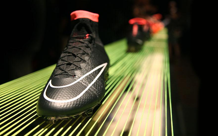 NikeFootball14_bootblack.jpg