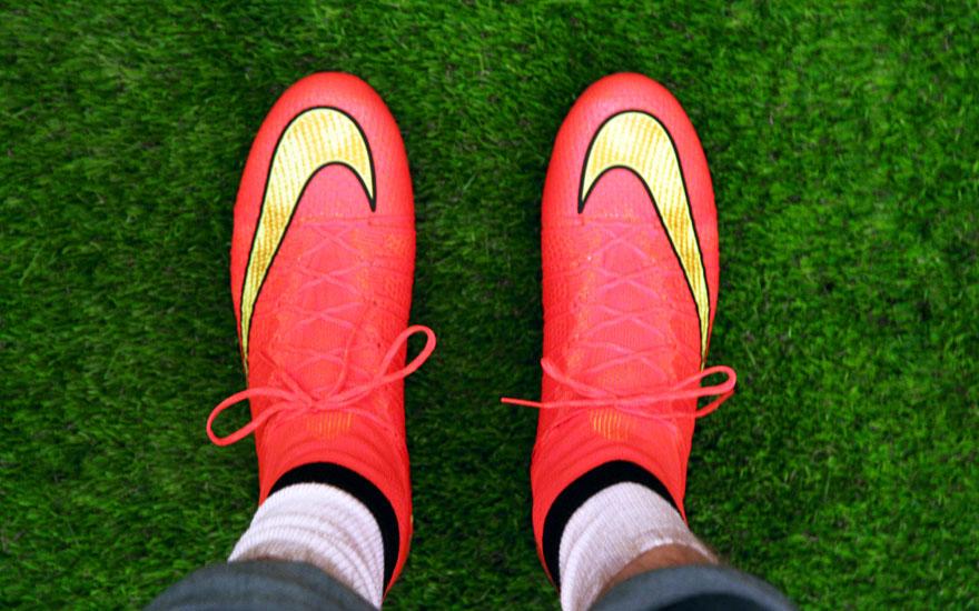 NikeFootball14_bootson.jpg